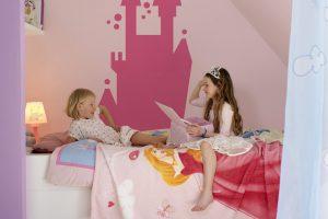 Màu sắc có thể giúp trẻ làm quen dần với một ngôi nhà mới như thế nào